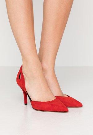 MAY - High heels - dark chilli