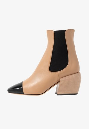AUDREY - Classic ankle boots - wood