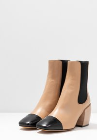 By Malene Birger - AUDREY - Stiefelette - wood - 4