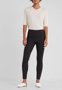 By Malene Birger - ADELIO - Spodnie materiałowe - black - 0