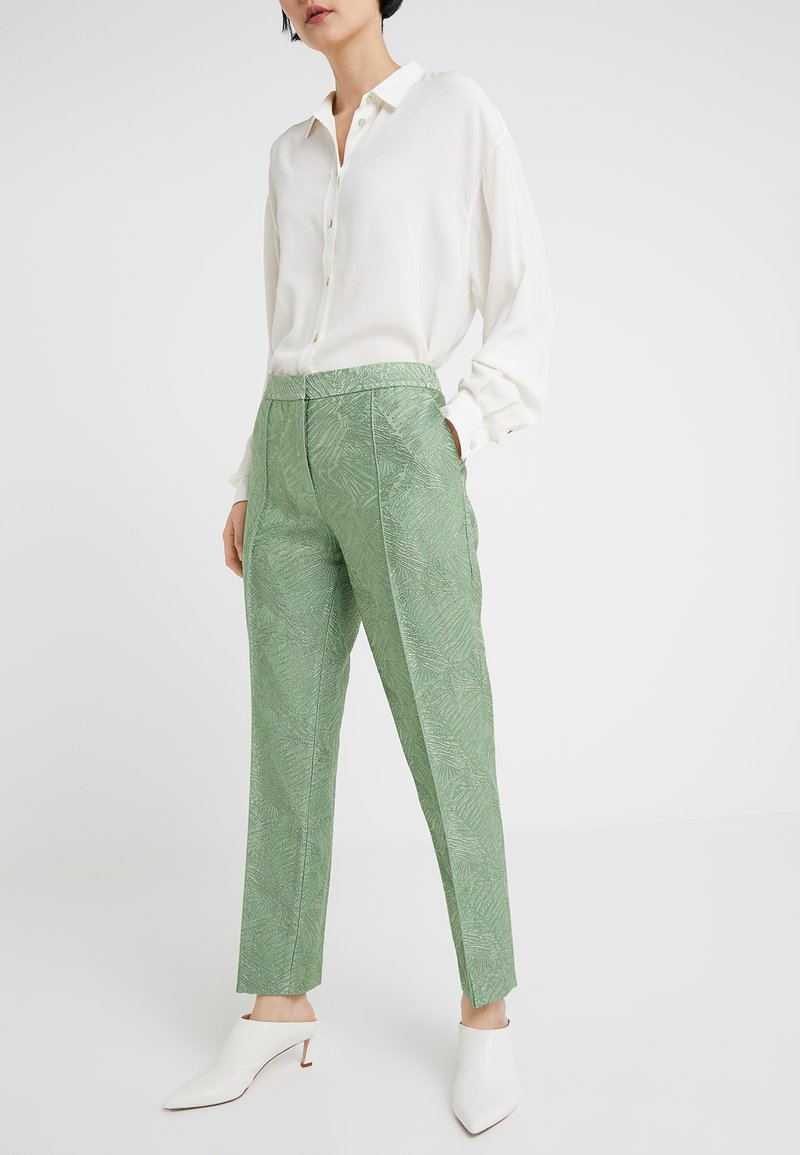 By Malene Birger - SANTSI - Stoffhose - turf green