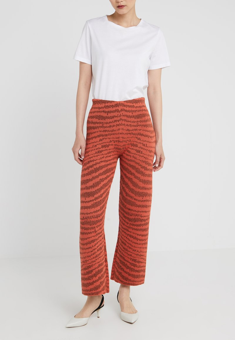 By Malene Birger - PAZA - Trousers - orange gerbera
