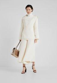 By Malene Birger - CELLINO - Pantalon classique - soft white - 1