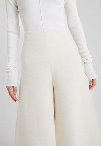 By Malene Birger - CELLINO - Pantalon classique - soft white - 3