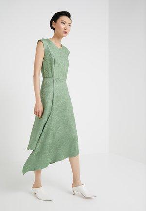 LETHIA - Robe de cocktail - turf green
