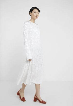 VERONA - Maxi šaty - soft white
