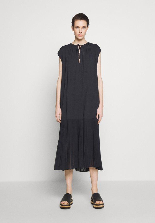 SOLOMON - Korte jurk - black