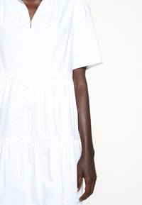 By Malene Birger - ALANIA - Kjole - pure white - 8