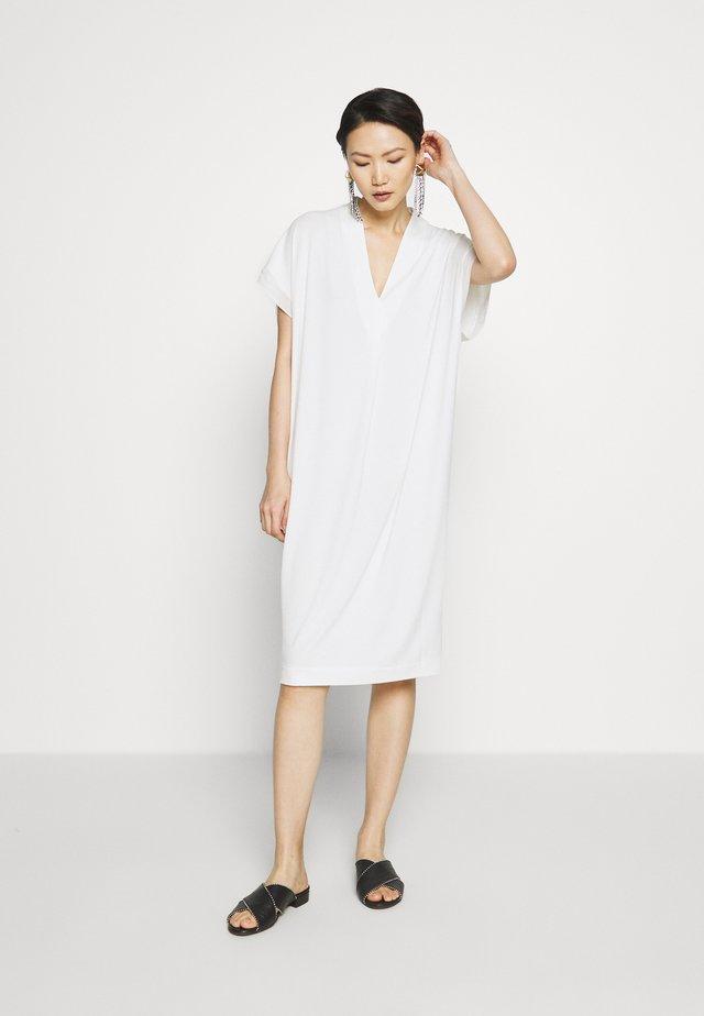 LANINAS - Jersey dress - soft white