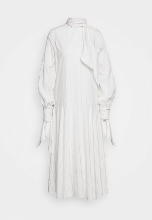 BELLIDA - Korte jurk - cream snow