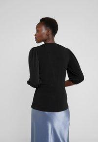 By Malene Birger - BRIZZA - T-shirt à manches longues - black - 2