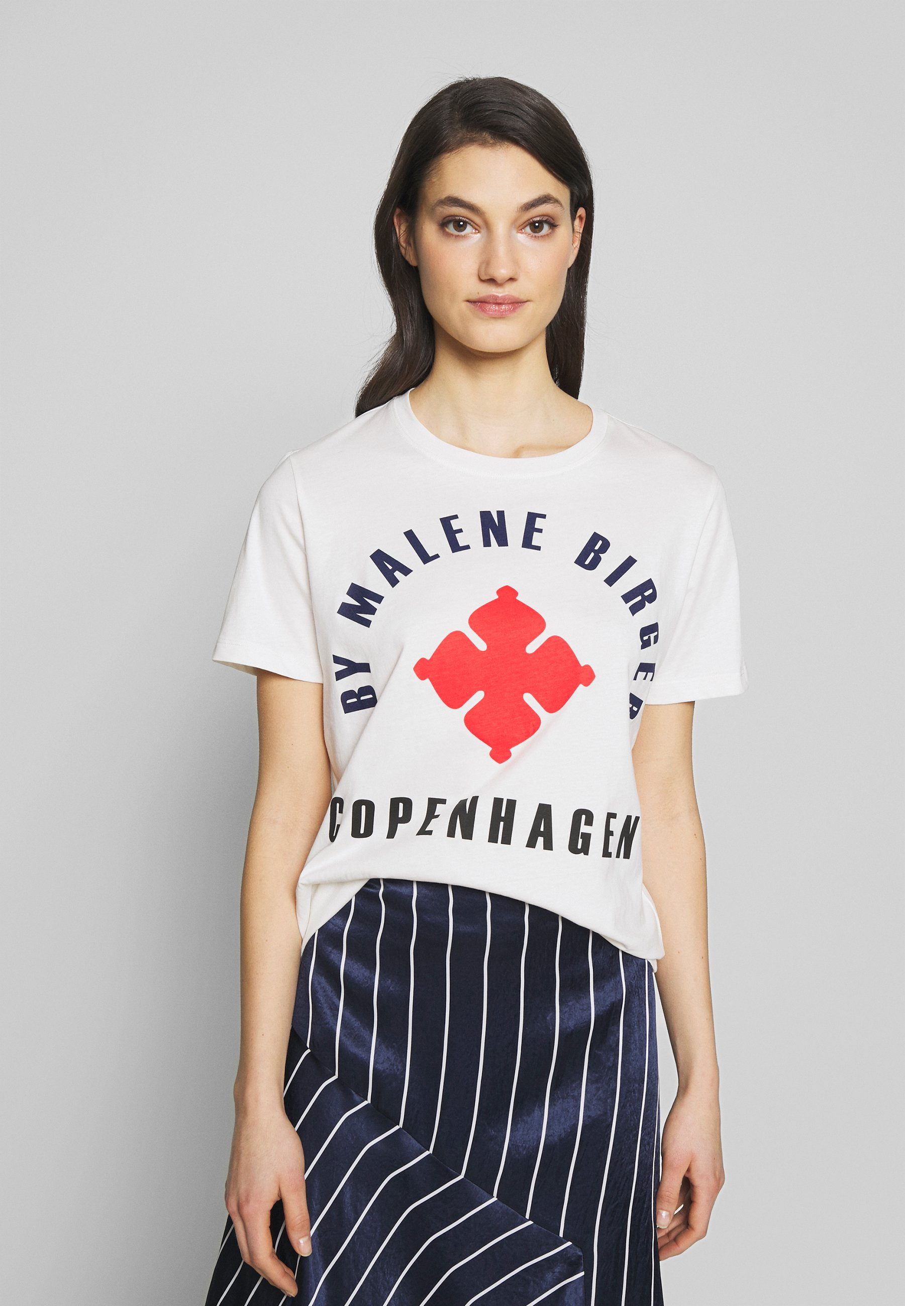 By Malene Birger DESMOS - T-shirts med print - bright red