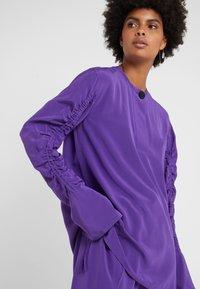 By Malene Birger - KATYA - Camicetta - tillandsia purple - 4
