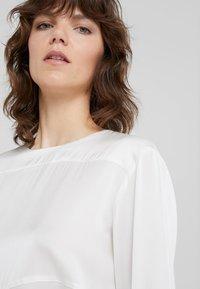 By Malene Birger - TORINO - Camicetta - soft white - 3