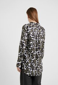 By Malene Birger - COLOGNE - Camicia - winter moss - 2