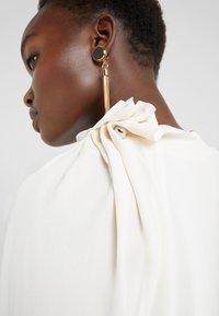 By Malene Birger - DIORA - Blusa - soft white - 5