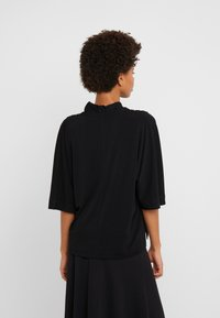 By Malene Birger - BIJANA - T-shirt basic - black - 2