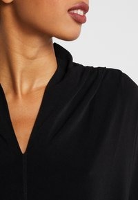 By Malene Birger - BIJANA - T-shirt basic - black - 3
