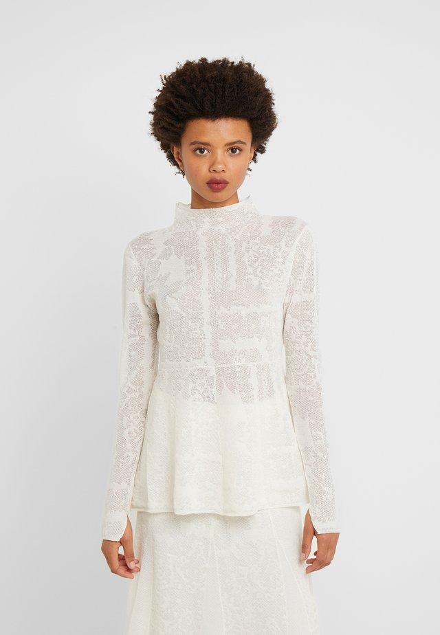 MAURIA - Jersey de punto - soft white