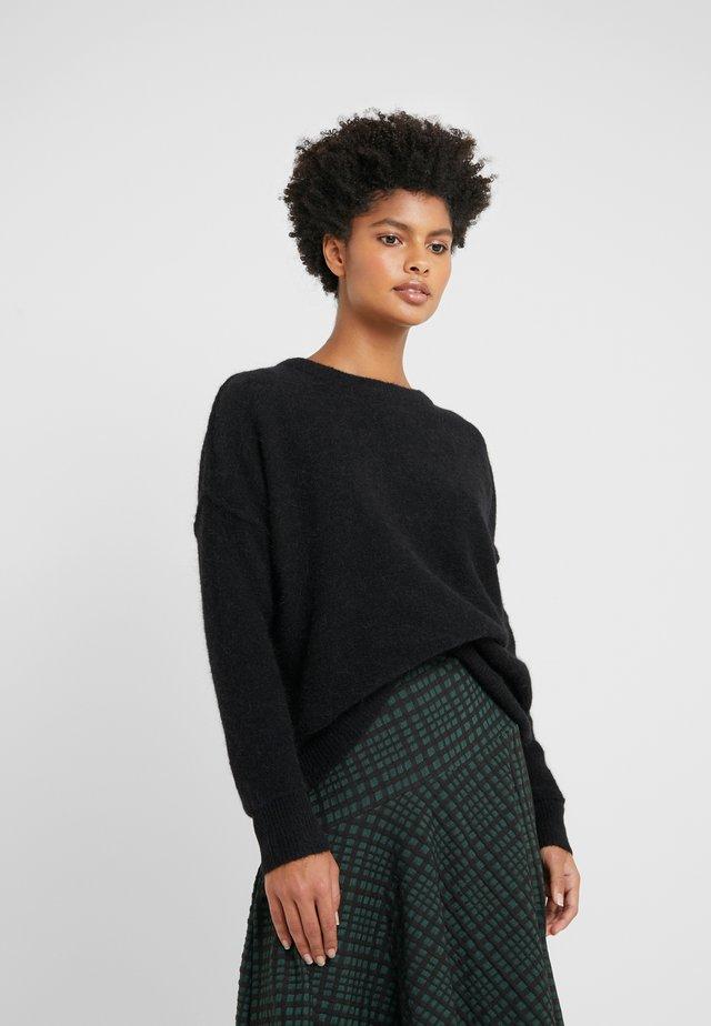 BIAGIO - Stickad tröja - black