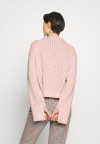 By Malene Birger - VIKKI - Strikkegenser - light pink - 2