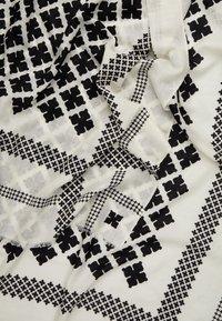 By Malene Birger - JULIET - Šátek - soft white - 2