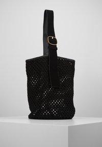 By Malene Birger - LIV BUCKET - Kabelka - black solid - 0
