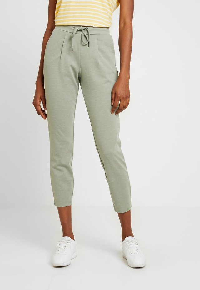 RIZETTA CROP PANTS - Tracksuit bottoms - melange sea green
