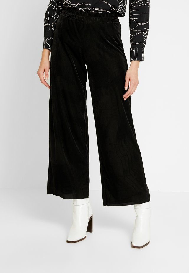 TAMITTA PANTS  - Trousers - black