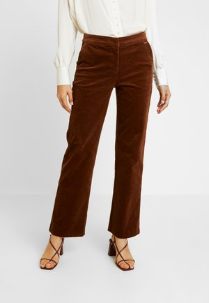 ESTELE PANTS - Pantaloni - golden toffee