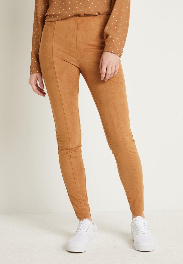 BYRILMA - Legging - almond