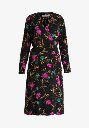JAYLEEN WRAP DRESS - Robe d'été - black combi