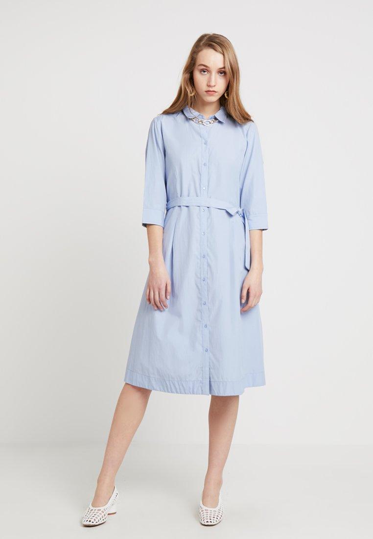 b.young - FARSARA DRESS - Vestido camisero - sky blue