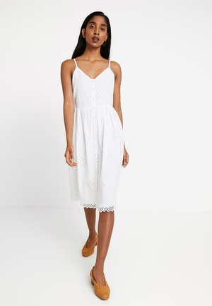 BYHOPE DRESS - Skjortekjole - optical white