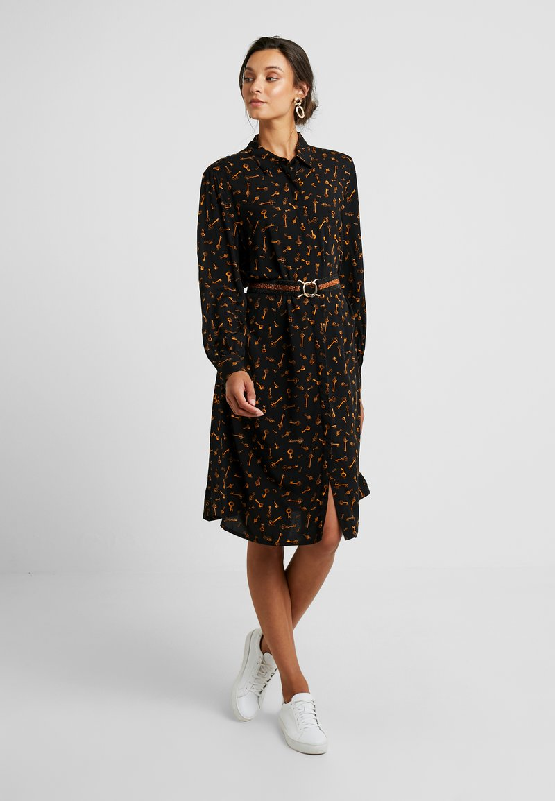 b.young - BYFRICHE PRINT - Blusenkleid - black