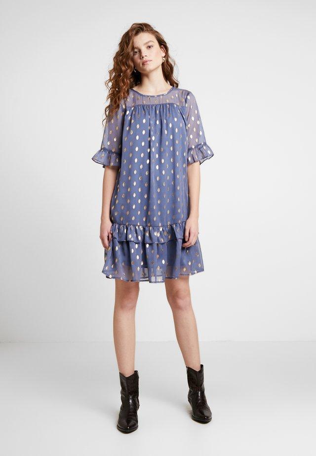 BXILSI DRESS - Freizeitkleid - bijou blue