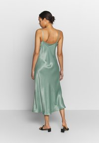 b.young - BYHALIMA SLIP IN DRESS - Day dress - sea green - 2