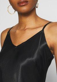 b.young - BYHALIMA SLIP IN DRESS - Denní šaty - black - 5