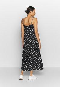 b.young - BYISOLE SLIP IN DRESS  - Maxikjole - black combi - 2