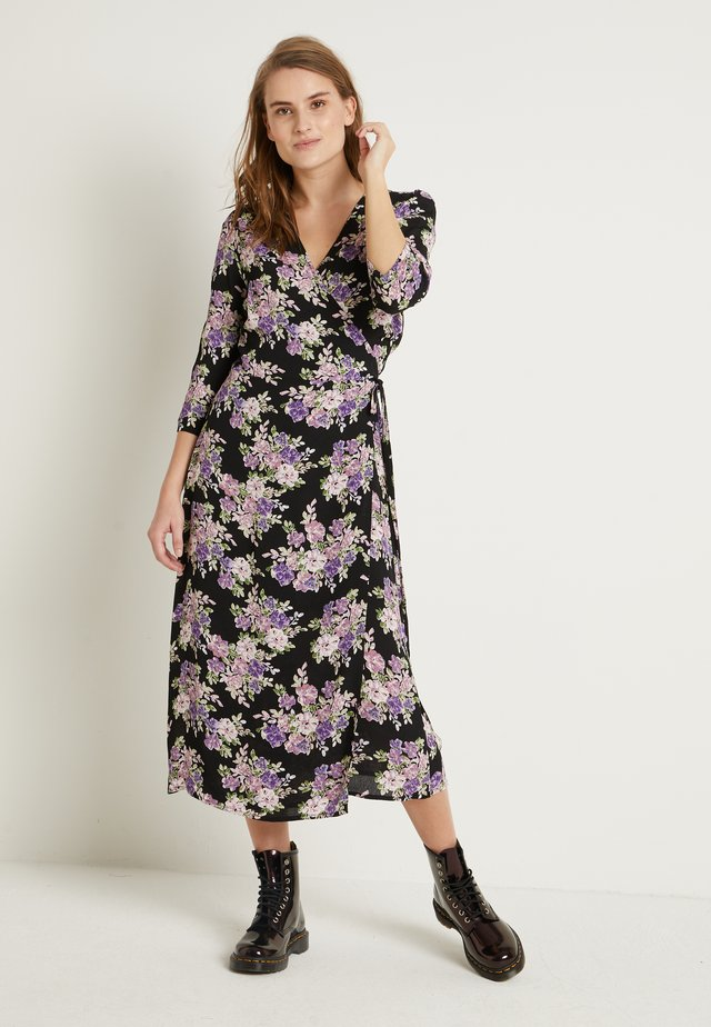 BYFUMA WRAP DRESS - Korte jurk - pastel lilac