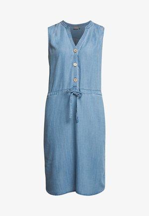 BYLANA SLEEVELESS DRESS - Jeanskjole / cowboykjoler - medium blue denim