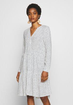 BYISOLE - Korte jurk - off white