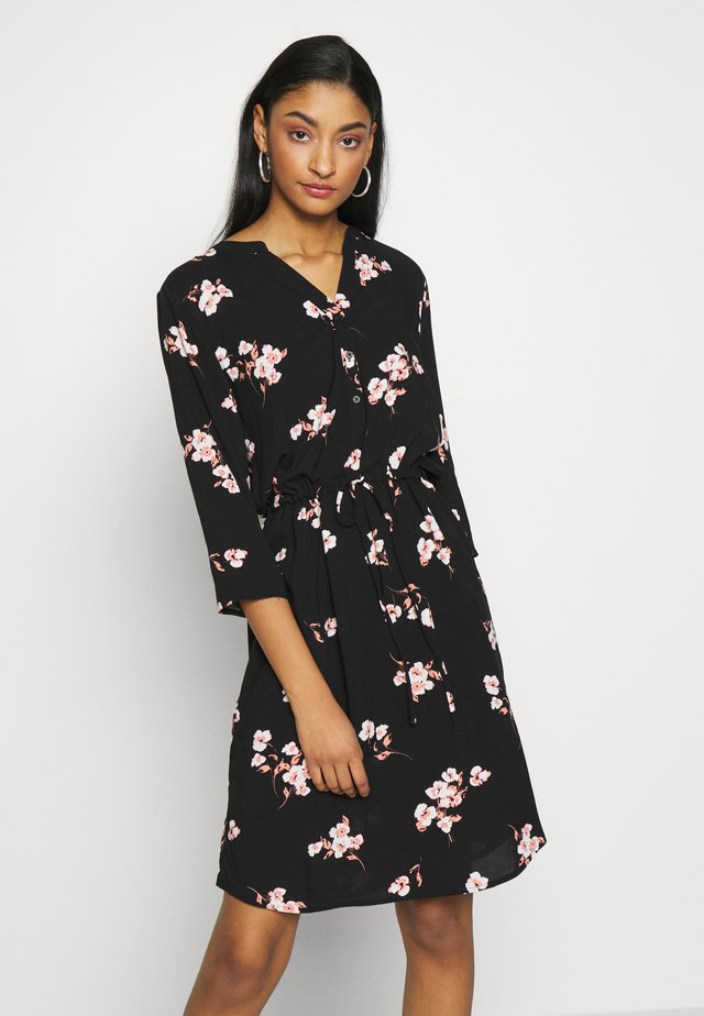 BYISOLE DRESS - Paitamekko - black