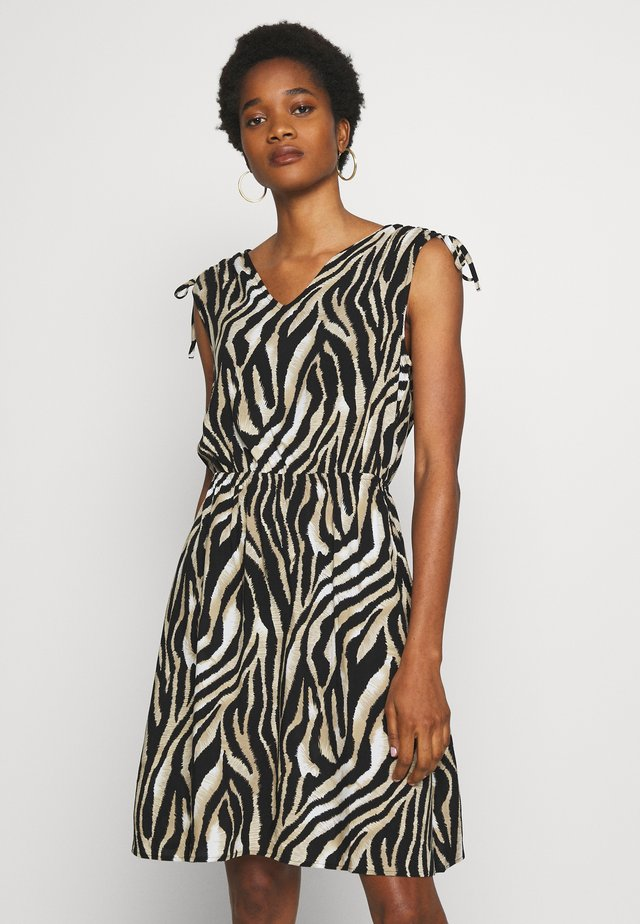 BYISOLE DRESS  - Korte jurk - black combi