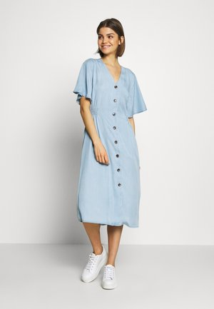 HARIMO DRESS - Skjortklänning - chambray blue