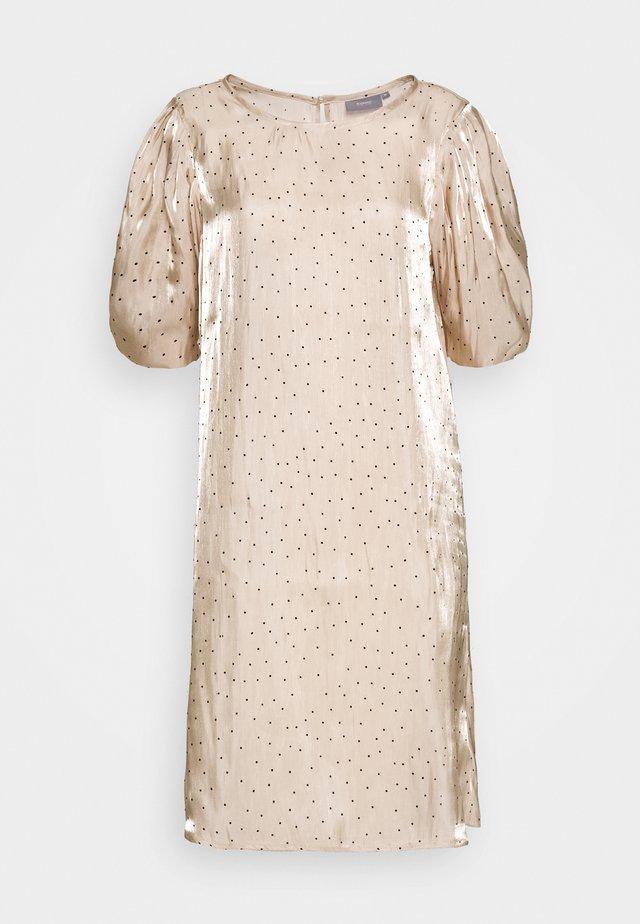 GIELA DRESS - Denní šaty - beige