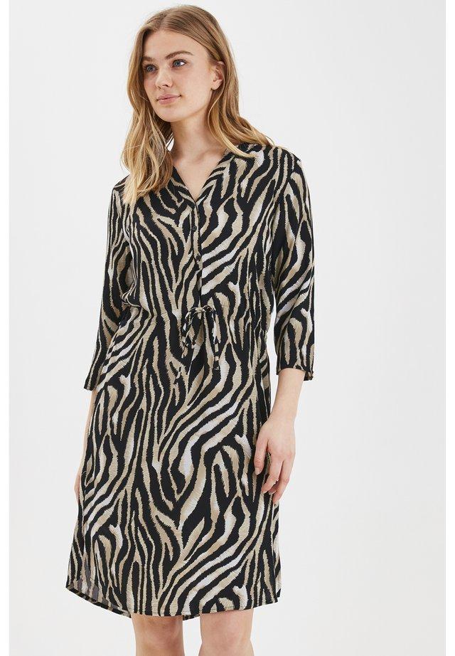 B.YOUNG BYISOLE SHIRT DRESS - LIGHT WOVEN - Korte jurk - black combi 7
