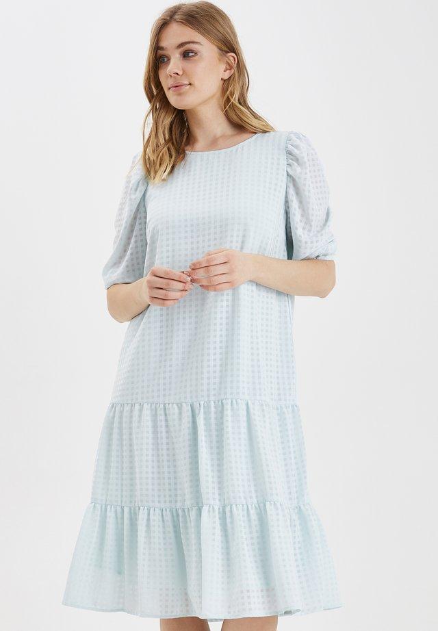 BXJADI DRESS WOVEN - Korte jurk - bleached aqua