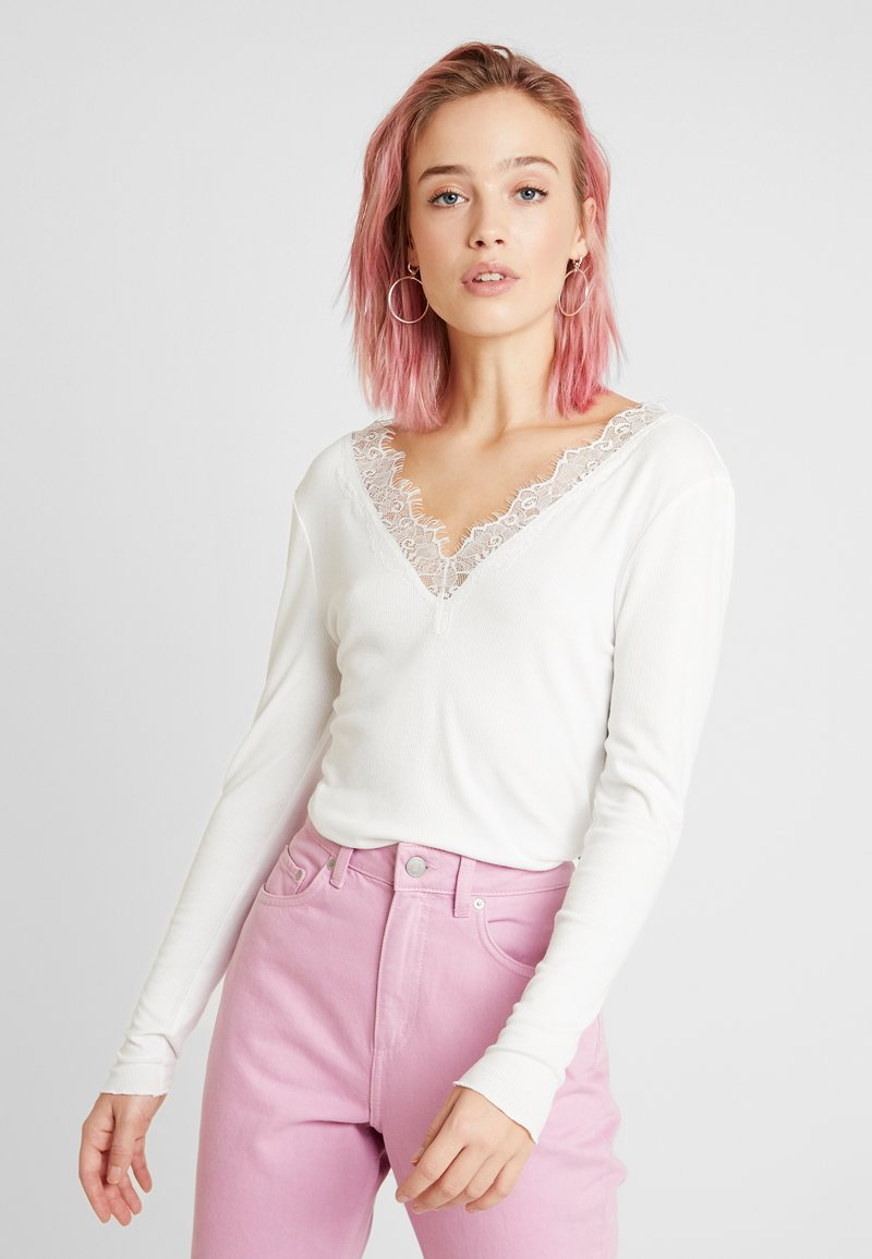 b.young - BYTOELLA VNECK - Long sleeved top - off white