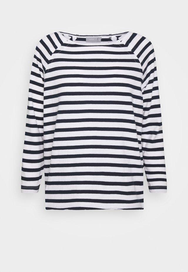 SHAN - Print T-shirt - copenhagen night